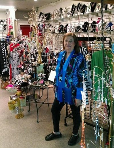 wide-selection-of-womens-accessories-and-jewelry-west-bloomfield-mi