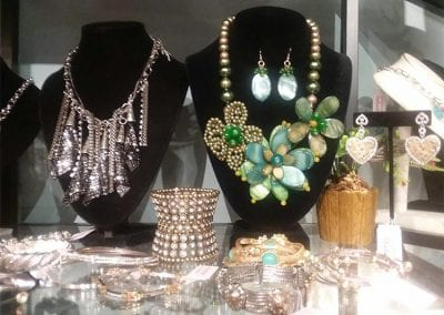wide-selection-of-womens-jewelry-west-bloomfield-mi